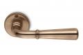 Tirador de puerta Accademia bronce en roseta Country Style by Antologhia