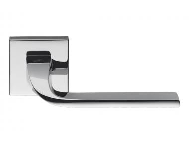 Manija de cromo pulida Isy en Rosette de Luta Bettonica y Giancarlo Leone para Colombo Design