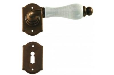 Manija de la puerta de Praga Galbraith con roseta y la boquilla