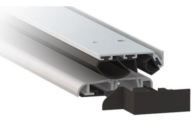 Umbral de aluminio anodizado plata Comaglio 1375 Serie universal